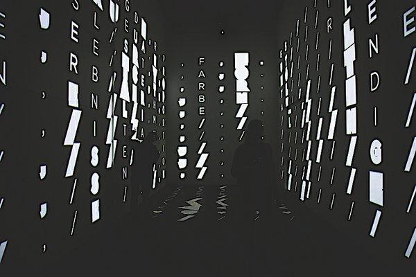 Frizz 12-19 utopia_01.jpg