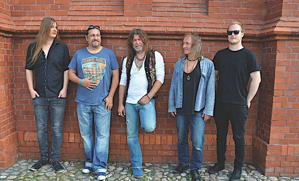 Tino Standhaft & Band.jpg