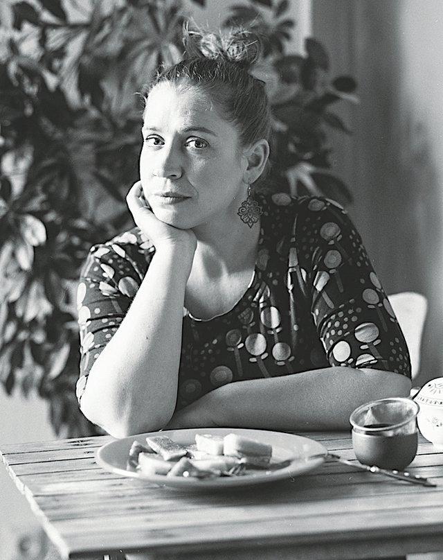 Porträt-Figurenspielerin-Julia-Raab_Foto_Julia-Fenske.jpg